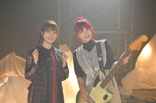 (左から)愛美、きみコ